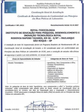 Certificado do Inmetro confirma testes de cosméticos e produtos de limpeza no Instituto Royal.