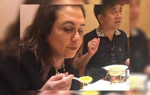 katia abreu china sopa de jumento